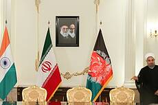 Iran, India, Afghanistan Sign Deal on Int'l Transit Route